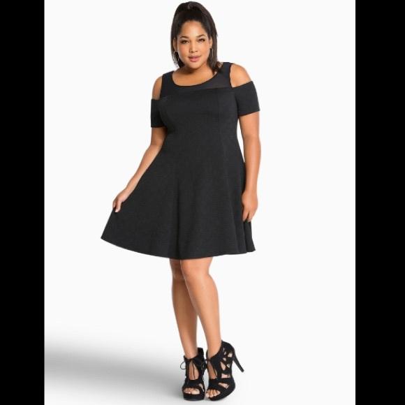 0bf0a5254a7 Torrid Black Textured Skater Dress Size 18 NWT